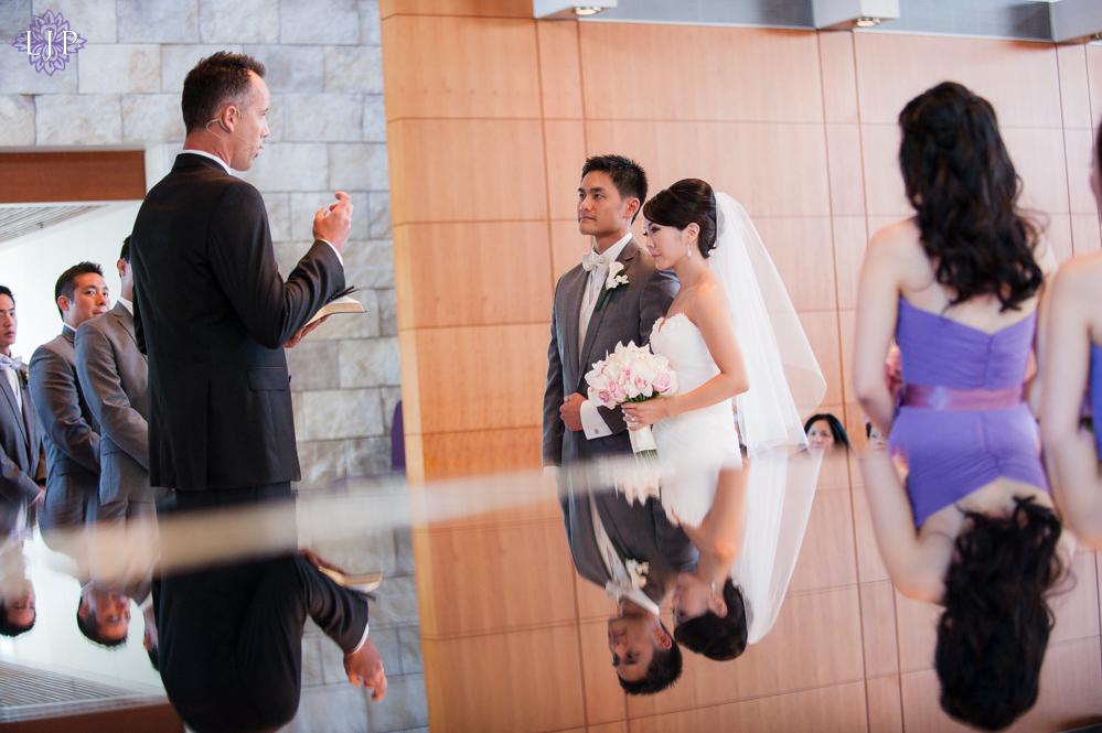 11-crossline-community-church-wedding-photographer-wedding-ceremony