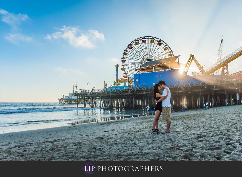11-santa-monica-engagement-photographer