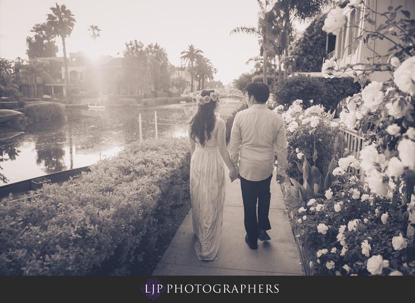 11-venice-canals-engagement-photographer
