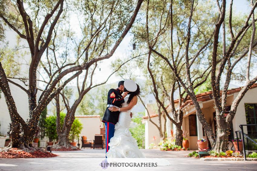 12-padua-hills-theater-wedding-photographer-couple-session-photos