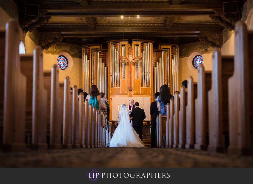 12-the-neighborhood-church-palos-verdes-wedding-photographer-wedding-ceremony