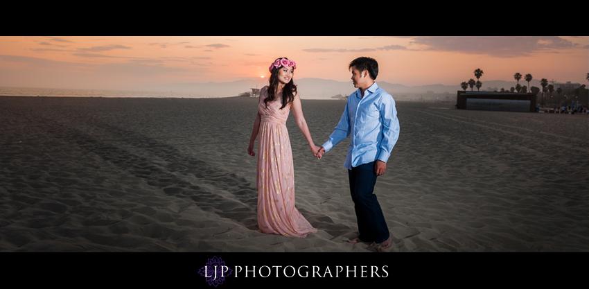 13-venice-canals-engagement-photographer