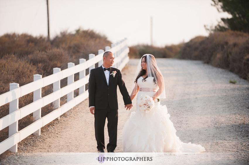 14-summit-house-fullerton-wedding-photographer-couple-session