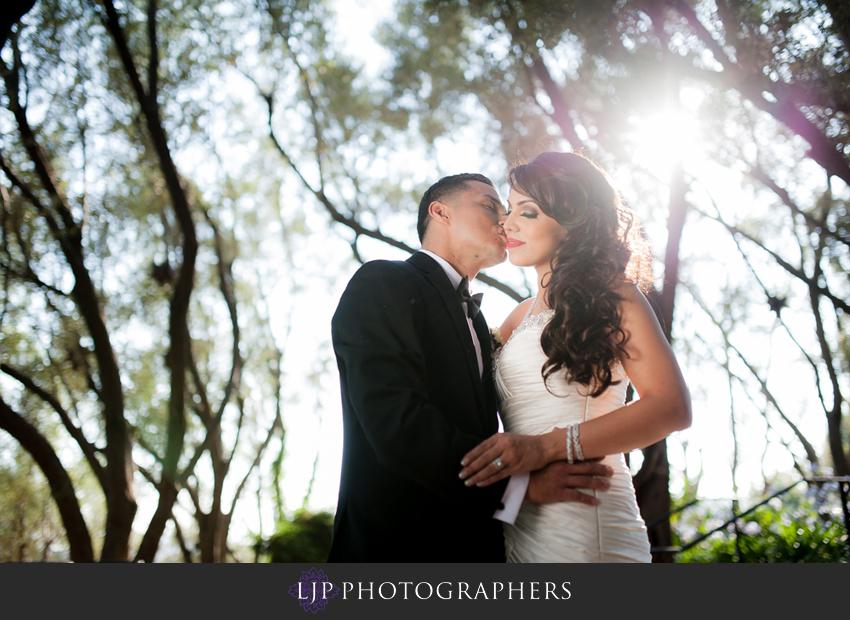 15-padua-hills-theater-wedding-photographer-bride-and-groom-portrait
