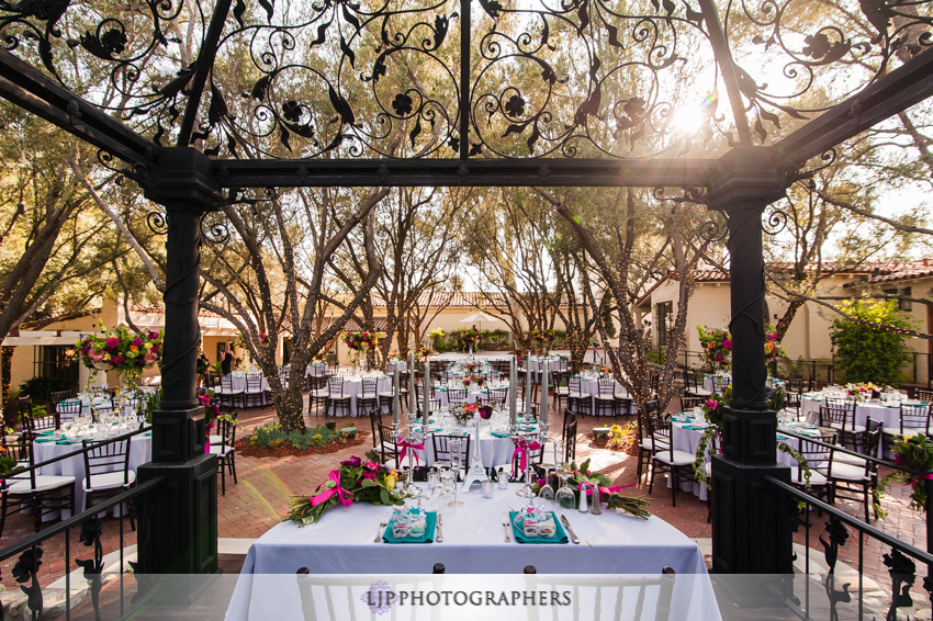 16-padua-hills-theater-wedding-photographer-wedding-reception-decor