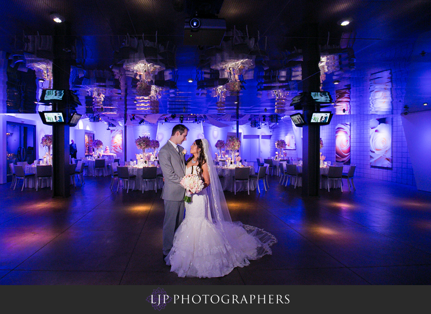 16-seven-degrees-wedding-photographer