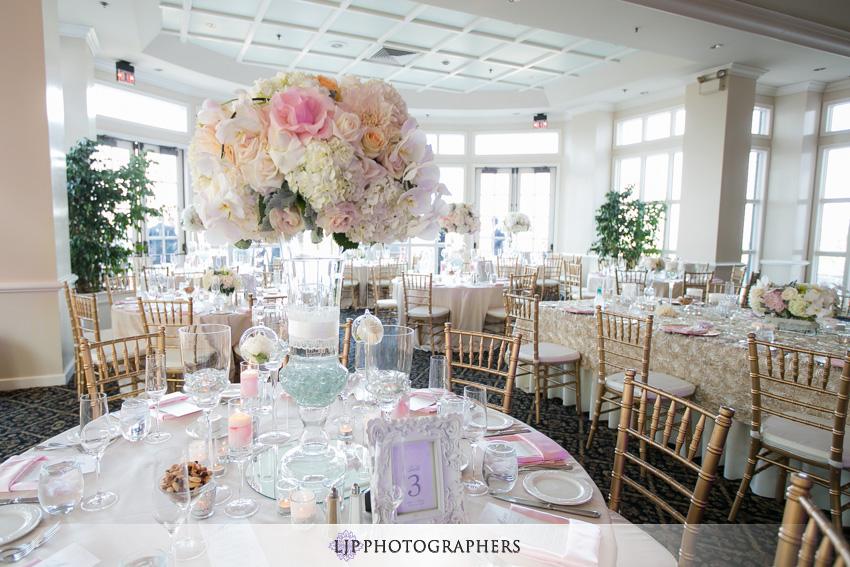 16-summit-house-fullerton-wedding-photographer-wedding-reception-decor