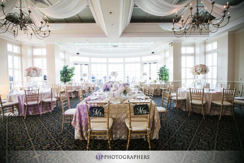 17-summit-house-fullerton-wedding-photographer-wedding-reception-decor