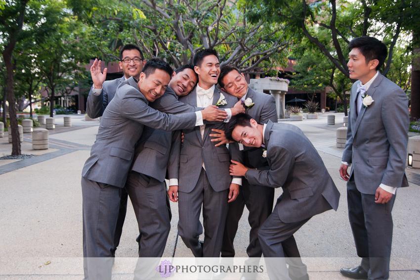 18-crossline-community-church-wedding-photographer-groom-and-groomsmen