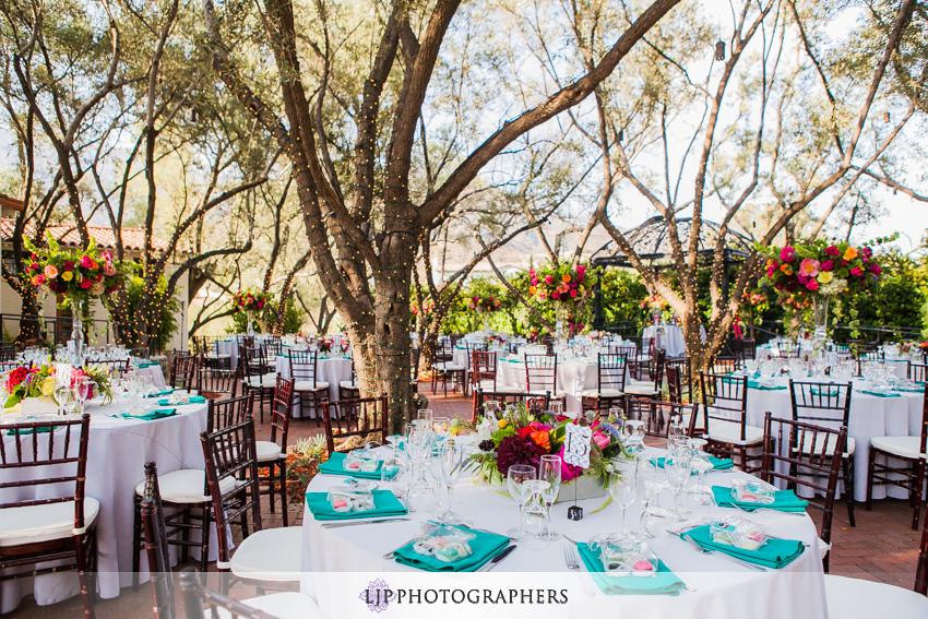 18-padua-hills-theater-wedding-photographer-wedding-reception-decor