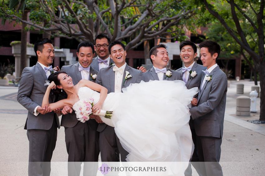 19-crossline-community-church-wedding-photographer-bride-and-groomsmen