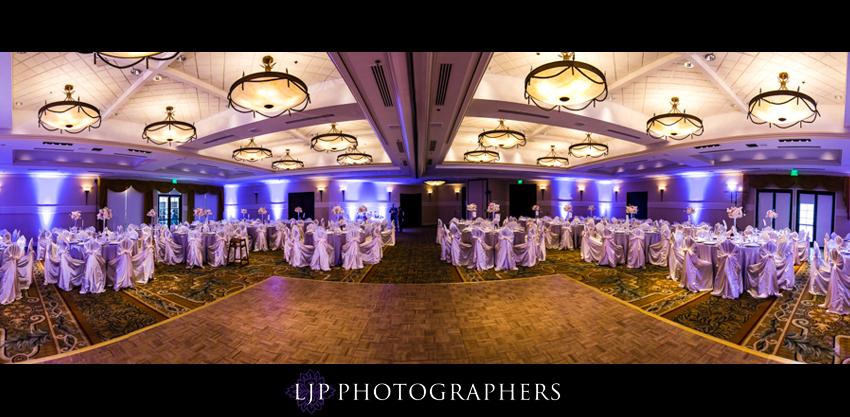 20-crossline-community-church-wedding-photographer-wedding-reception-decor