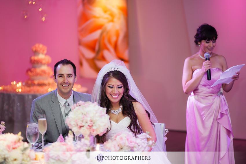 21-seven-degrees-wedding-photographer-wedding-toast