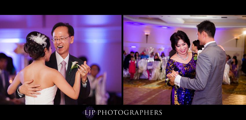23-crossline-community-church-wedding-photographer-father-daughter-mother-son-dance