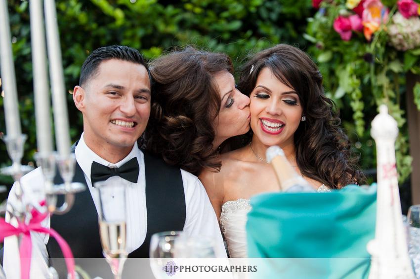 23-padua-hills-theater-wedding-photographer