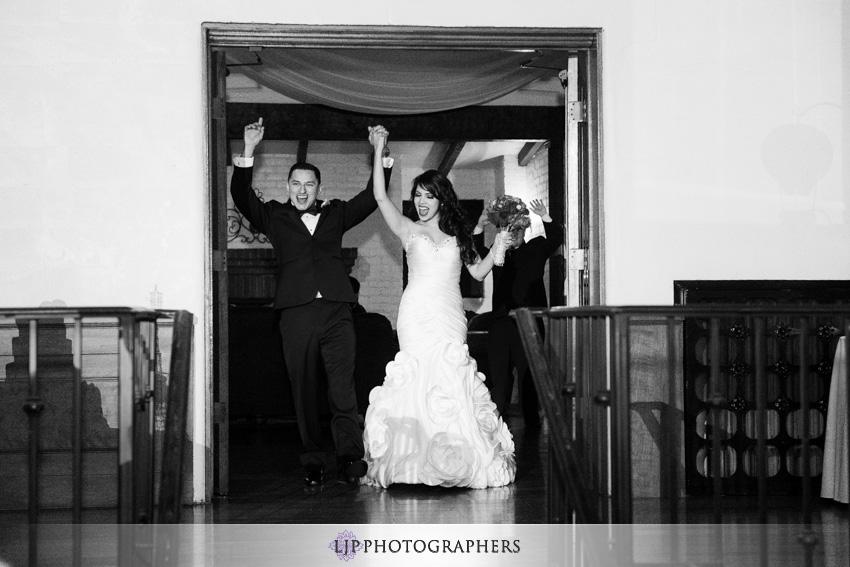 24-padua-hills-theater-wedding-photographer-grand-entrance