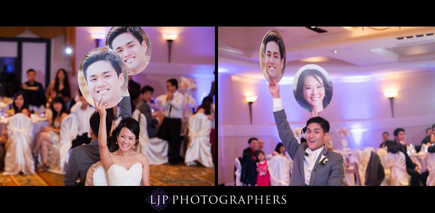 26-crossline-community-church-wedding-photographer-bride-and-groom-games