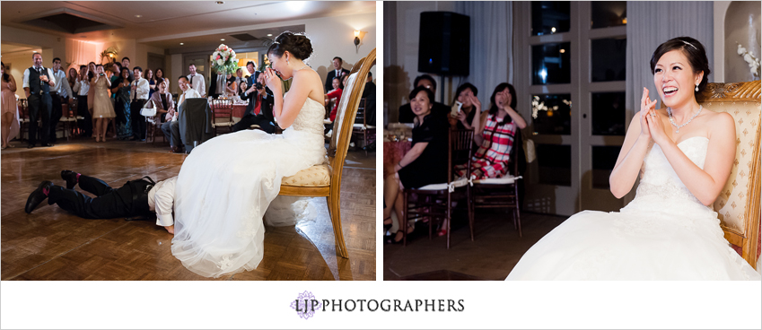 26-turnip-rose-promenade-and-gardens-wedding-photographer-garter-toss
