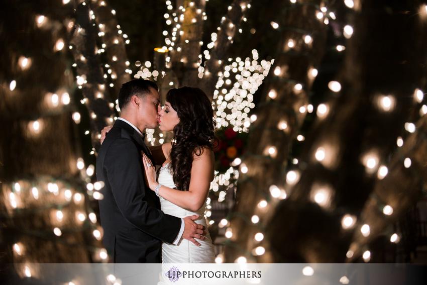 30-padua-hills-theater-wedding-photographer-couple-session
