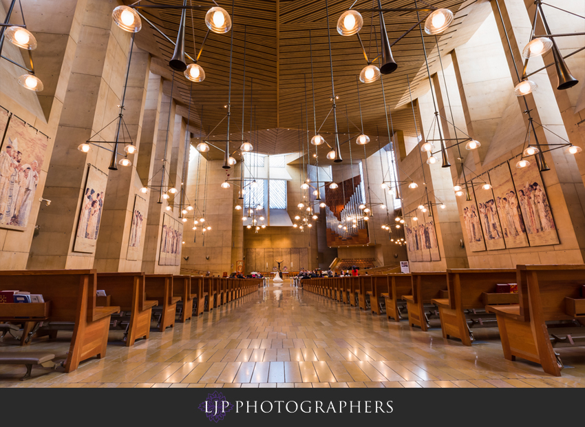 14-cathedral-of-our-lady-of-the-angels-vibiana-los-angeles-wedding-photographer