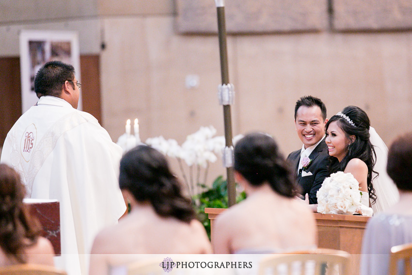 15-cathedral-of-our-lady-of-the-angels-vibiana-los-angeles-wedding-photographer