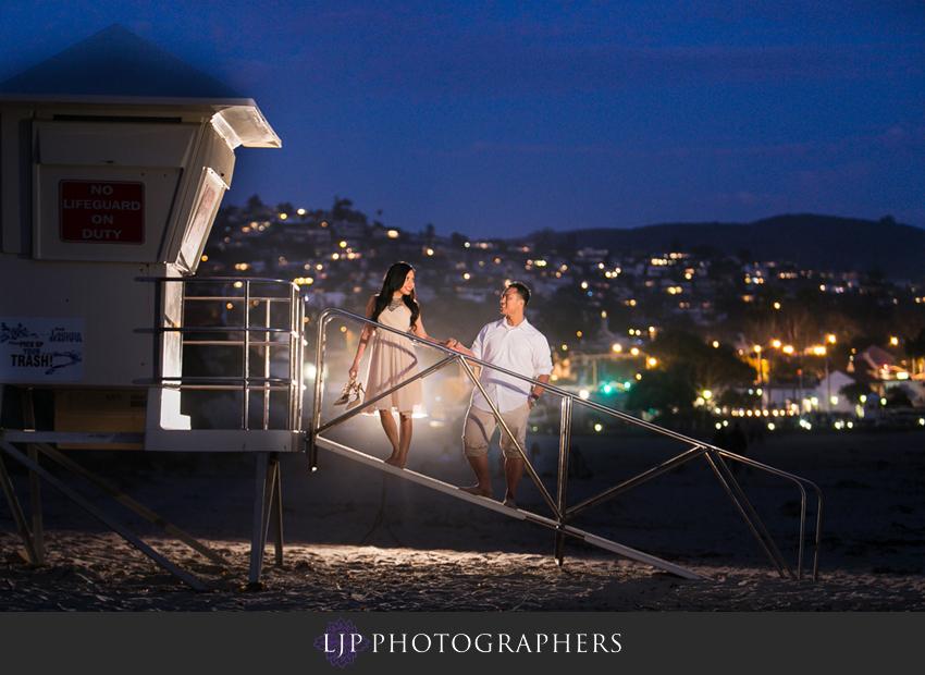 09-beautiful-sunset-beach-engagement-photography