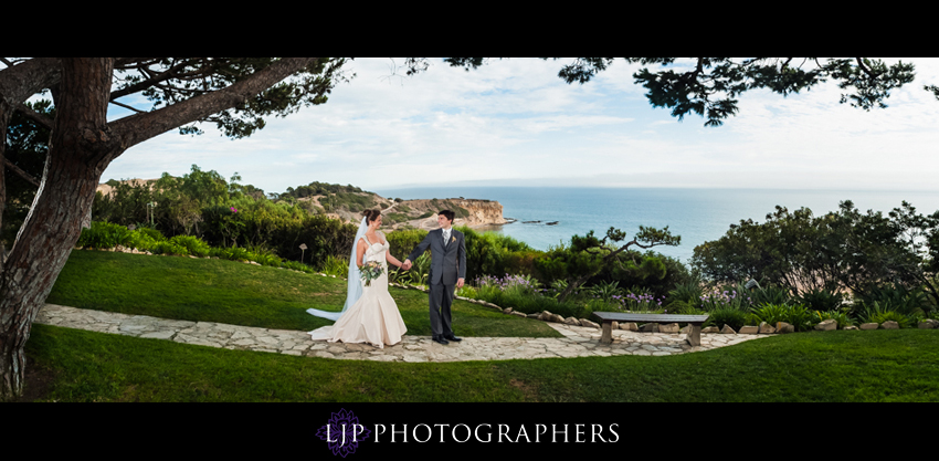 09-redondo-beach-historic-library-wedding-photography