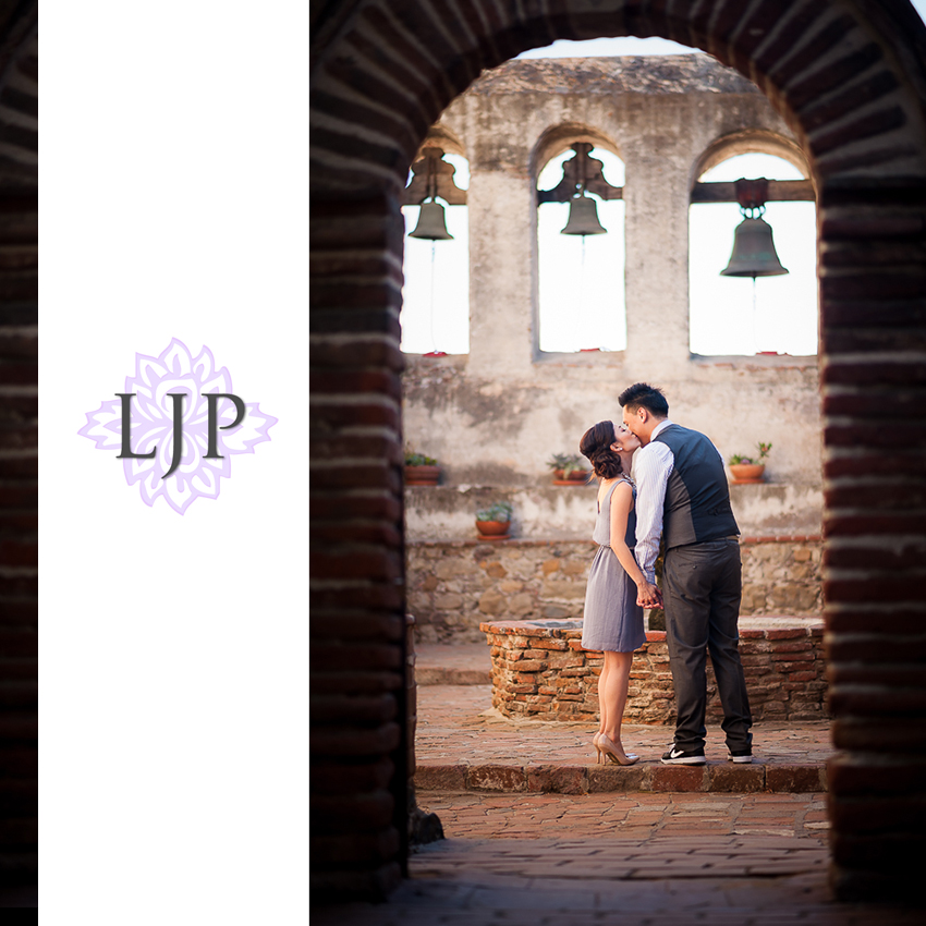 03-orange-county-romantic-engagement-photographer