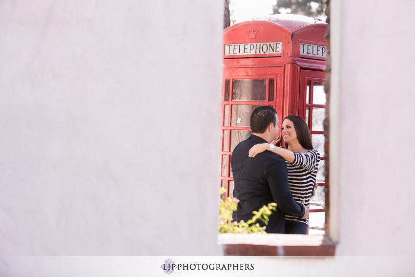04-romantic-orange-county-engagement-photos