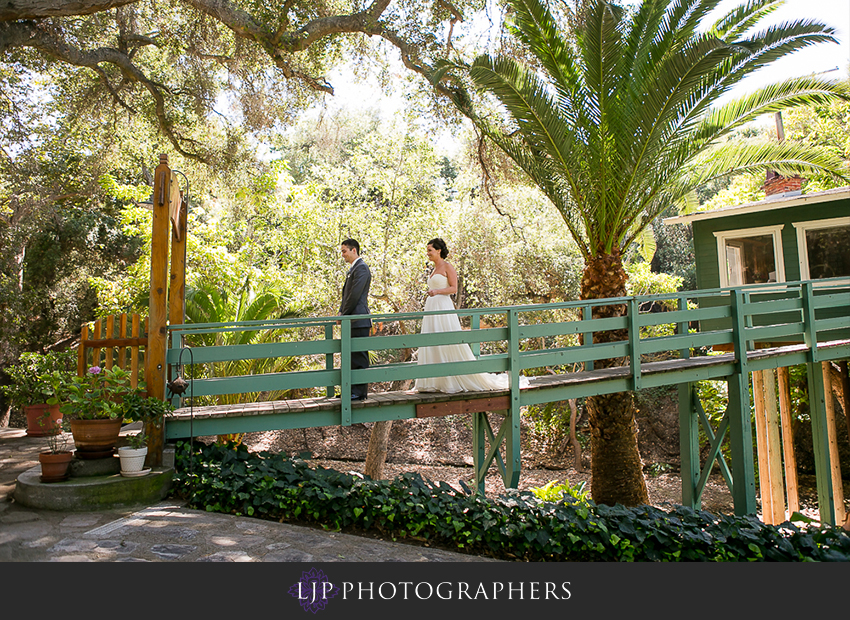 05-fallbrook-treehouse-wedding-photographer South Asian Wedding Gowns