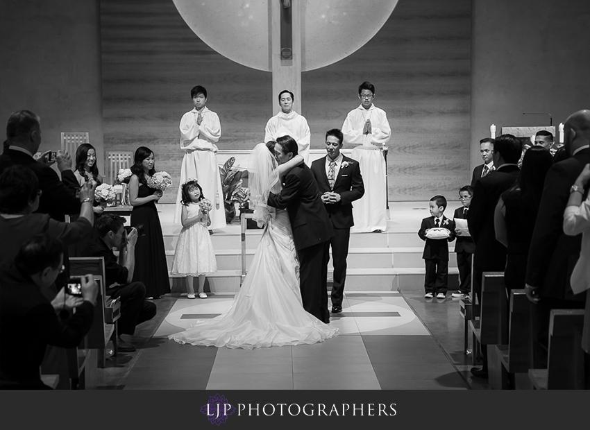06-hyatt-regency-orange-county-wedding-photographer