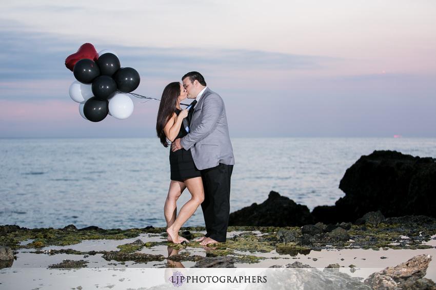 11-romantic-orange-county-engagement-photos