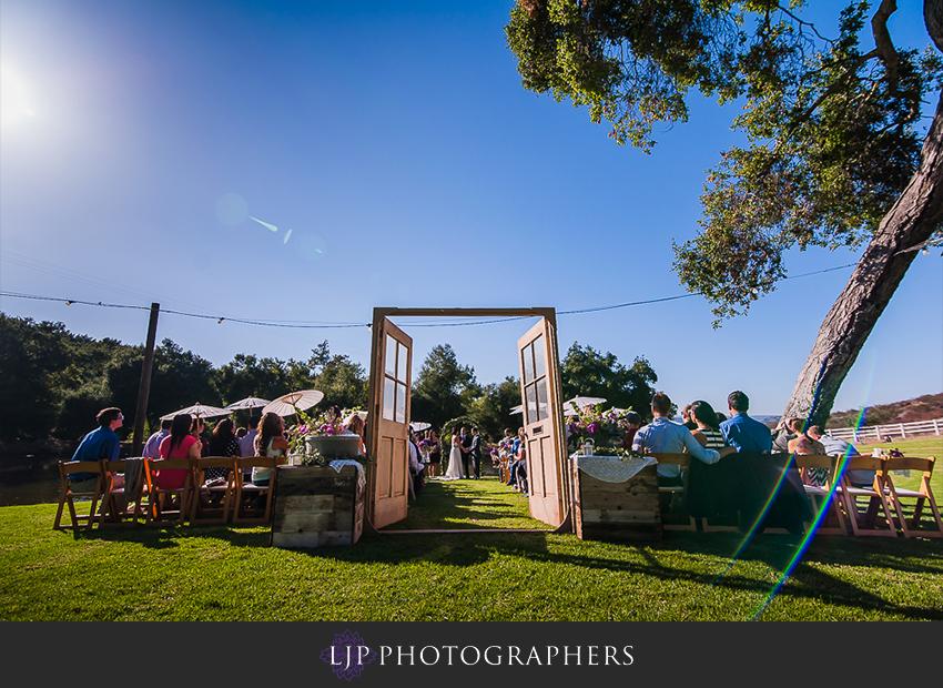 15-fallbrook-treehouse-wedding-photographer
