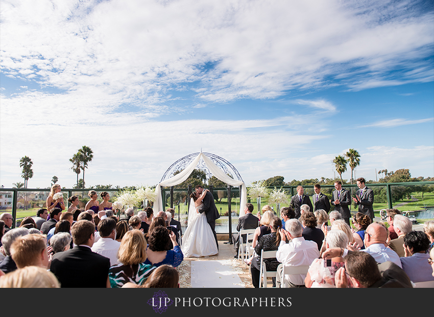 15-seacliff-country-club-wedding-photographer