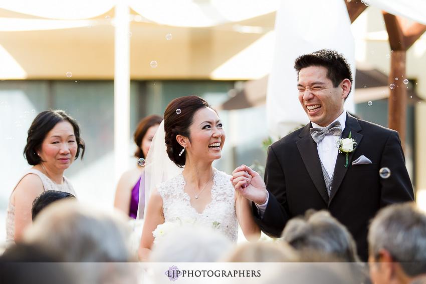 16-doubletree-by-hilton-pasadena-wedding-photogrpahy