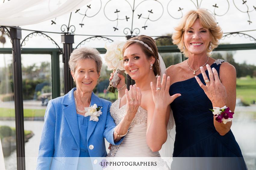 16-seacliff-country-club-wedding-photographer