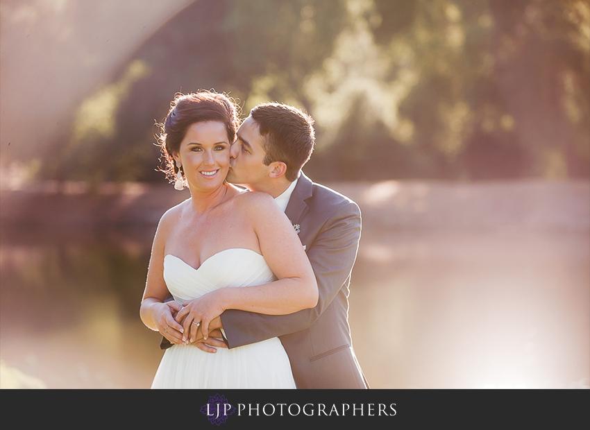 19-fallbrook-treehouse-wedding-photographer