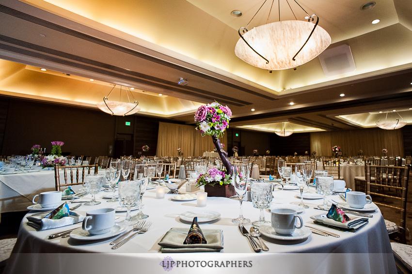 20-doubletree-by-hilton-pasadena-wedding-photogrpahy