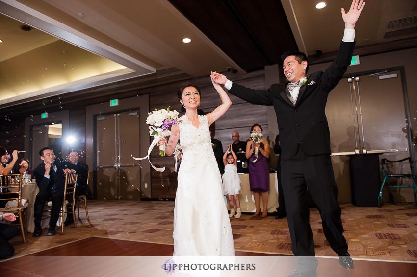 21-doubletree-by-hilton-pasadena-wedding-photogrpahy