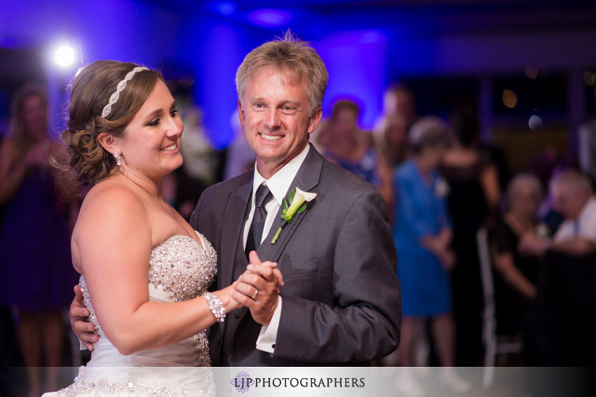 26-seacliff-country-club-wedding-photographer
