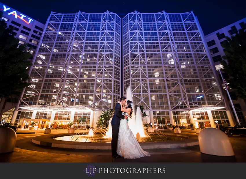 29-hyatt-regency-orange-county-wedding-photographer