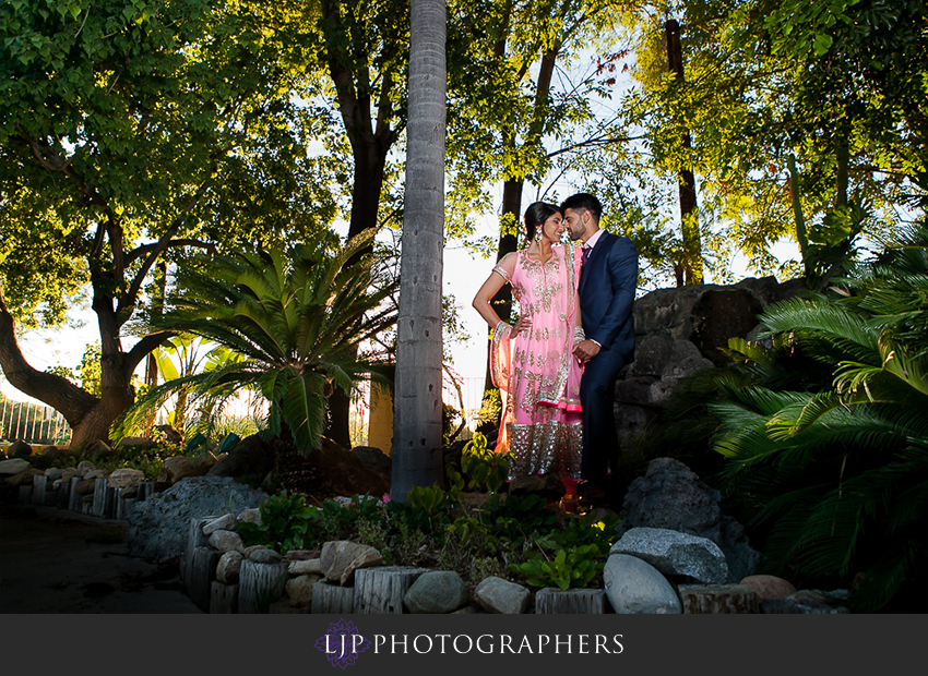 01-royal-golf-course-indian-engagement-party-photographer