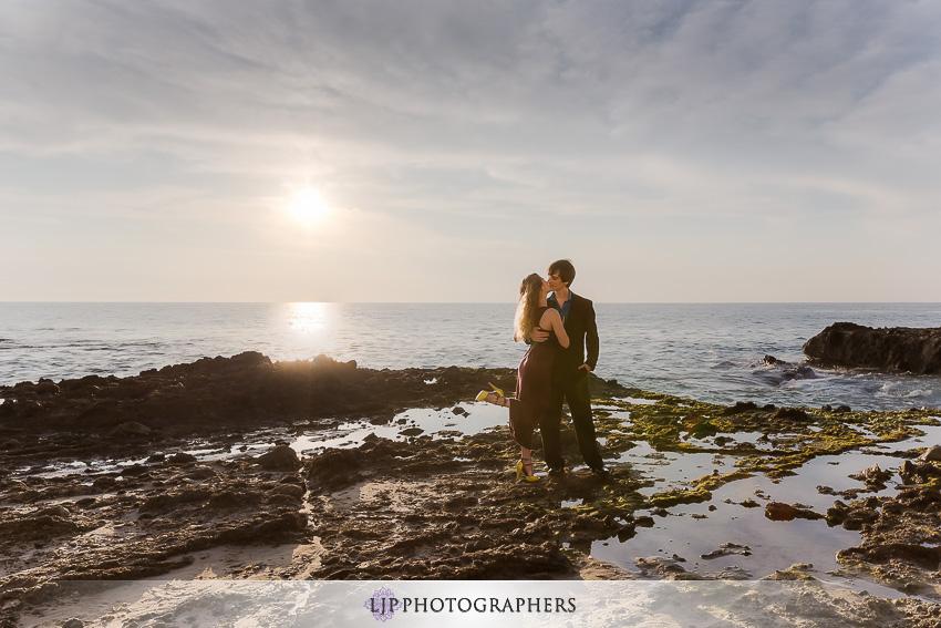 03-sunset-wedding-engagement-photos