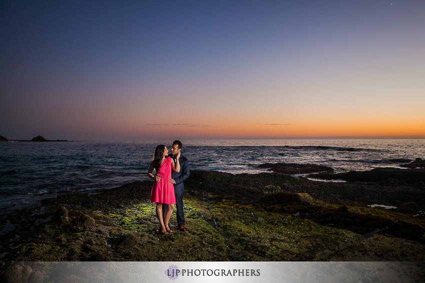 05-laguna-beach-engagement-session-pictures