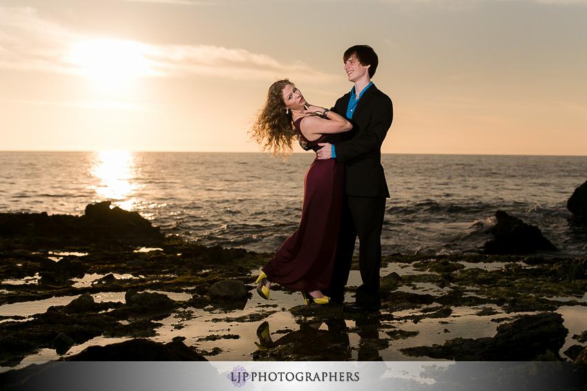 05-sunset-wedding-engagement-photos