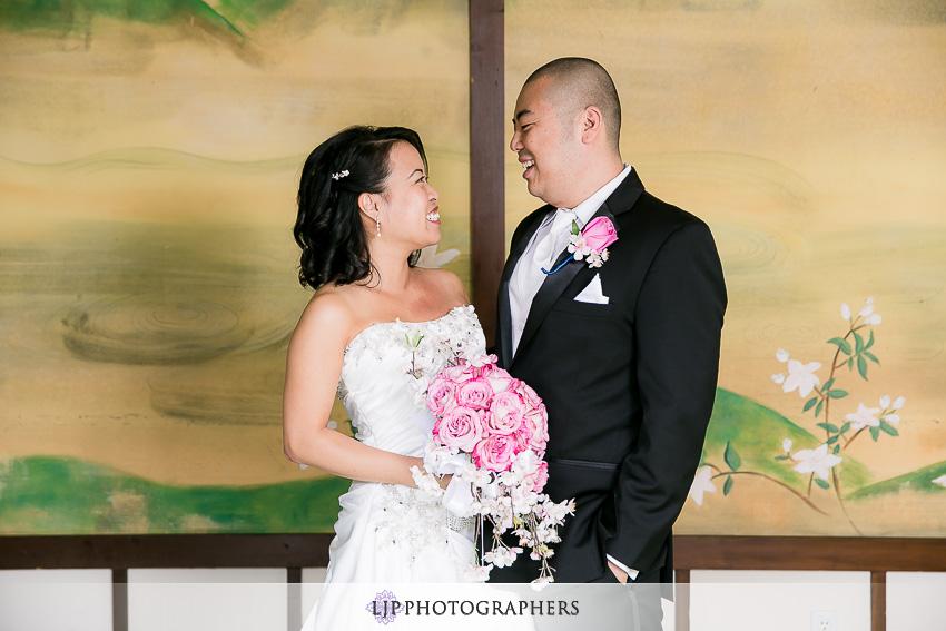 09-yamashiro-restaurant-hollywood-wedding-photographer