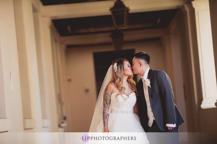 11-hilton-hotel-san-gabriel-wedding-photographer