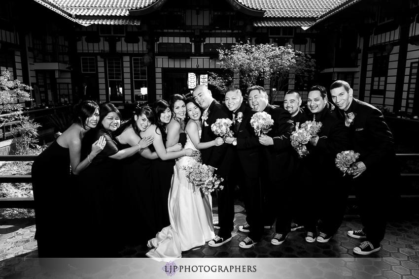 13-yamashiro-restaurant-hollywood-wedding-photographer