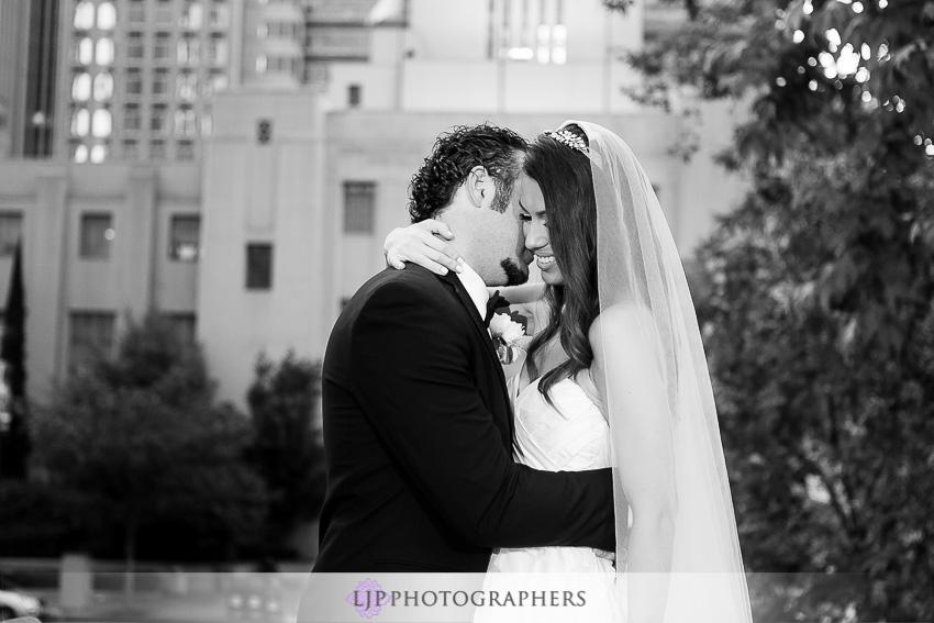 17-the-legendary-park-plaza-hotel-los-angeles-wedding-photographer