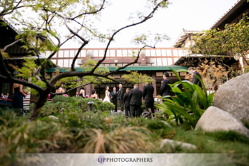 18-yamashiro-restaurant-hollywood-wedding-photographer